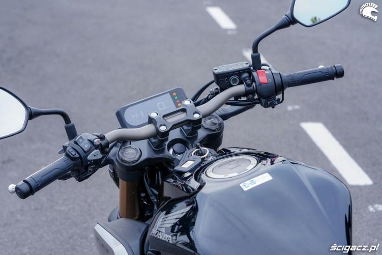 Honda CB650R 2019 statyka 22