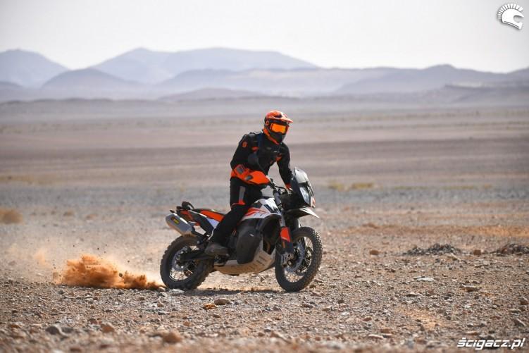 KTM 790 Adventure off road 12