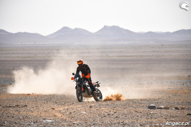 KTM 790 Adventure off road 17