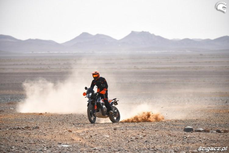 KTM 790 Adventure off road 18
