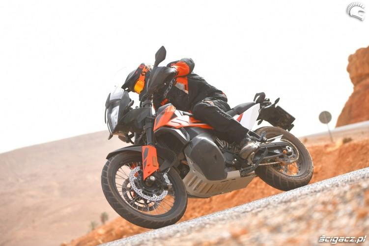KTM 790 Adventure on road 04
