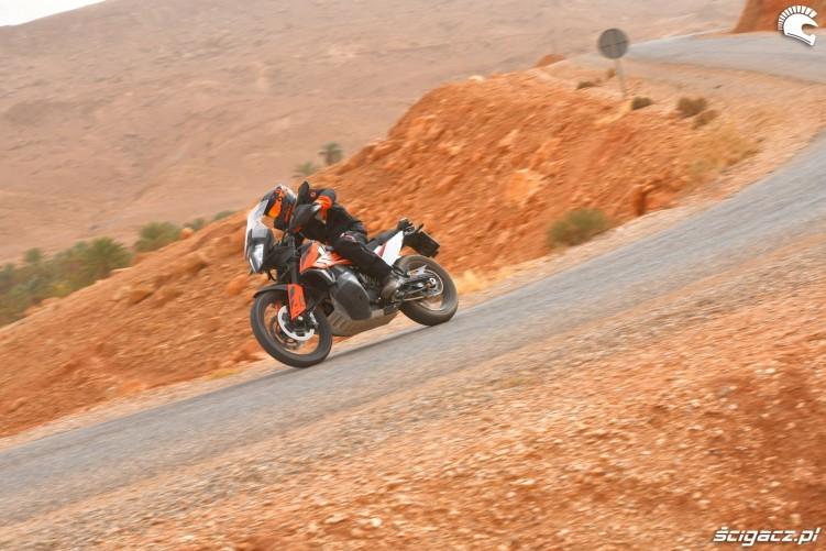 KTM 790 Adventure on road 09