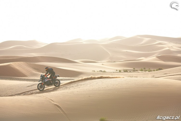 ktm 790 adv r pustynia piachy