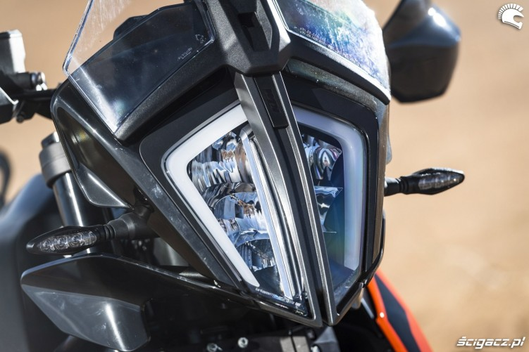 ktm 790 adventure headlamp