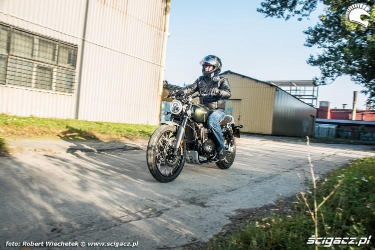Triumph Scrambler 1200 XC Raff Hangar