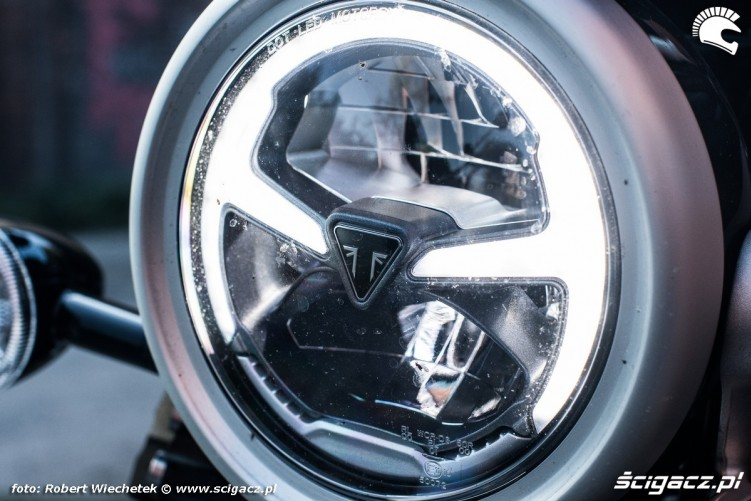 Triumph Scrambler 1200 reflektor