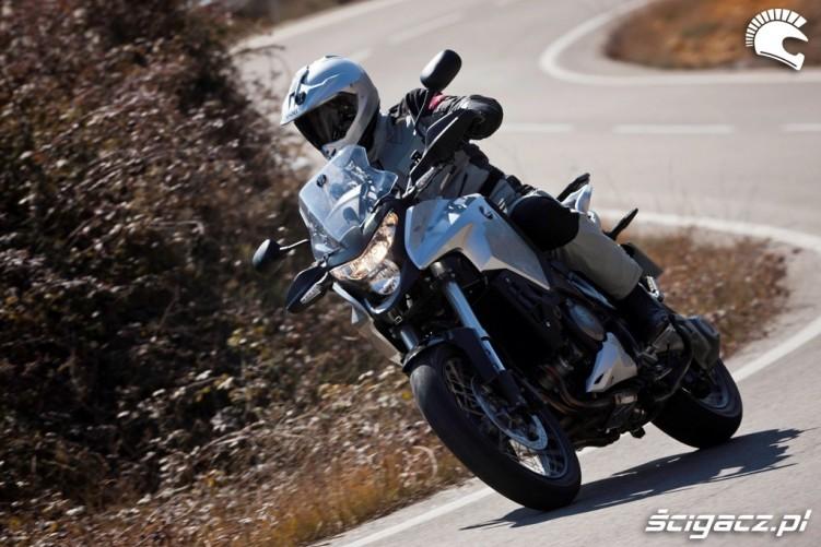Klimat Honda CrossToure YM12