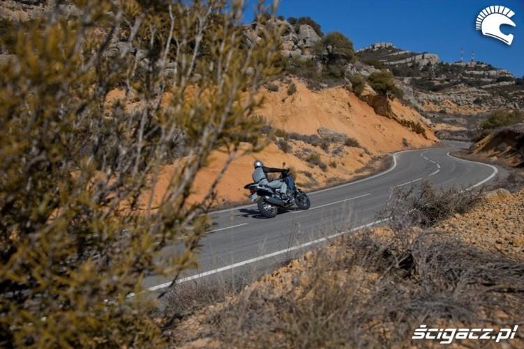 Z boku Honda CrossToure YM12