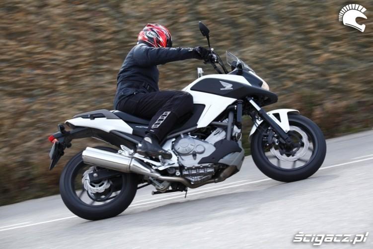 Podjazd Honda NC700X
