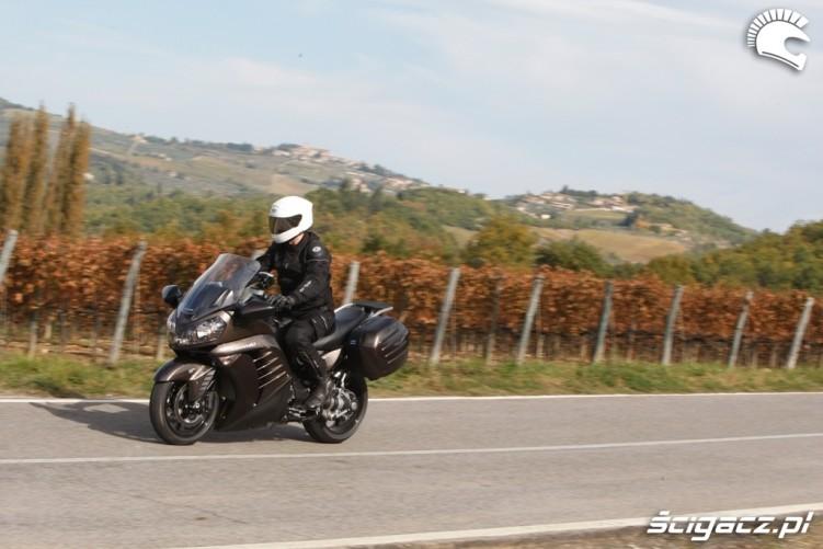 Kawasaki 1400 GTR 2010 winnice