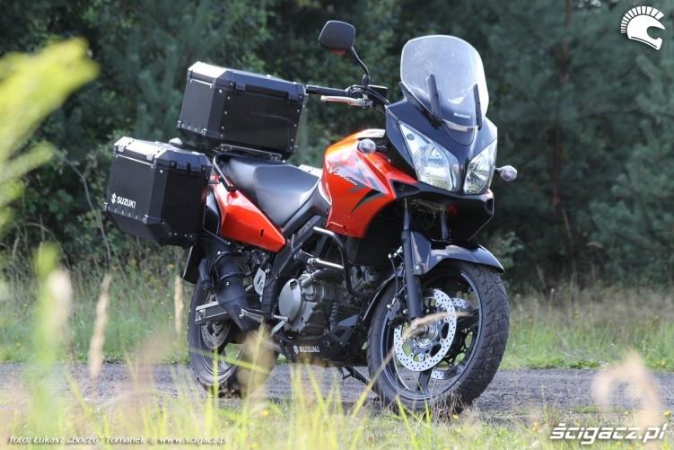 zza krzaka Suzuki DL650 test