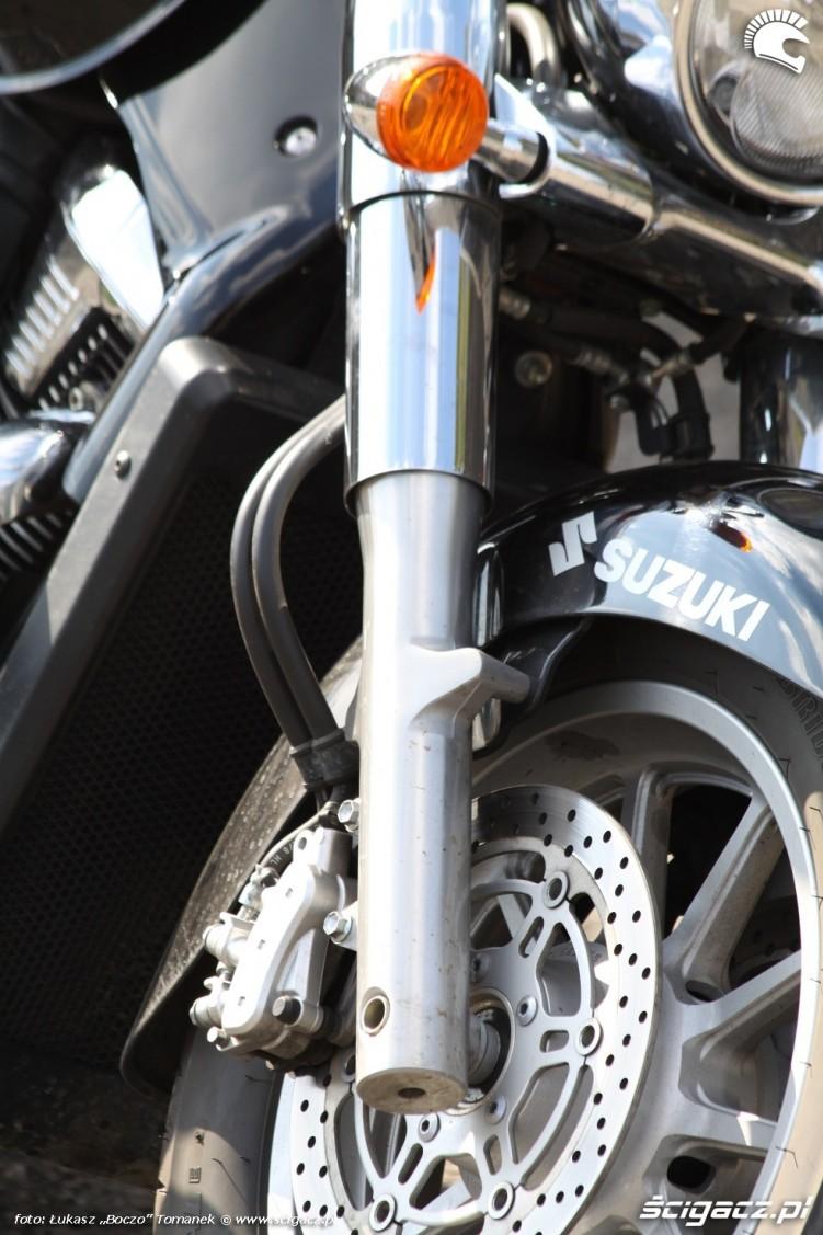 widelec Suzuki Intruder C1800R