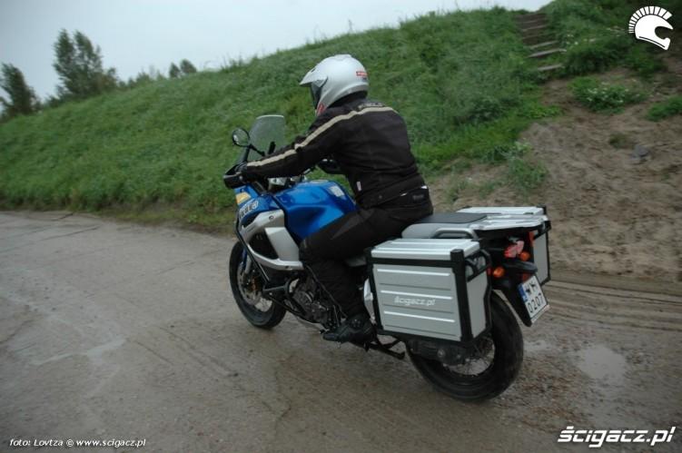 w ruchu kufry Yamaha XT1200Z Super Tenere