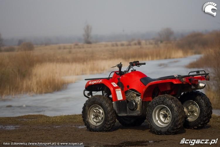 na tle jeziora grizzly 350 yamaha test a mg 0057