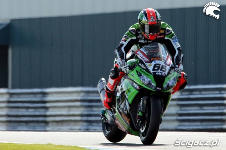 Tom Sykes Donington WSBK 2013