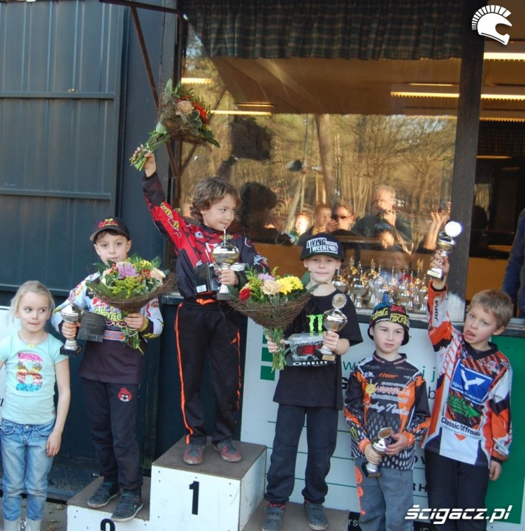 podium MX50