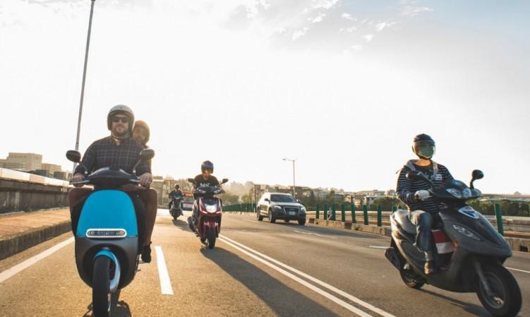 eicma 2015 gogoro scooter