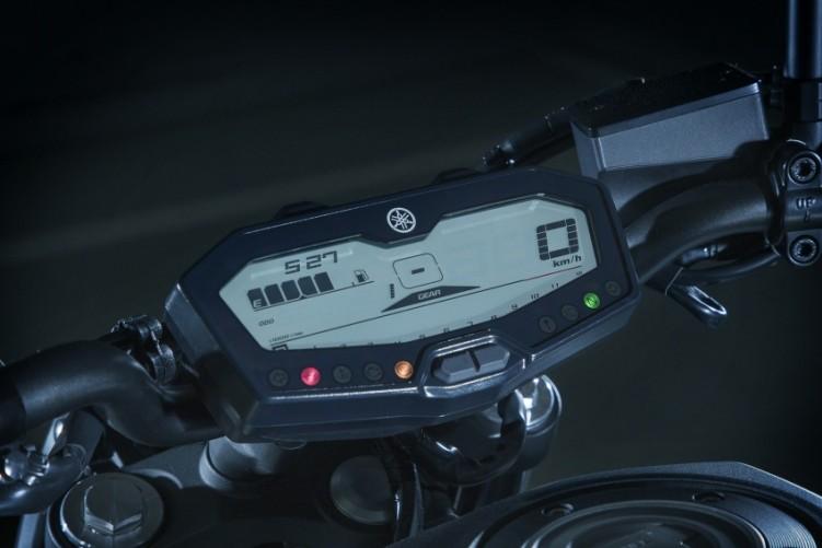 2018 Yamaha MT 07 Detail 8 850x567