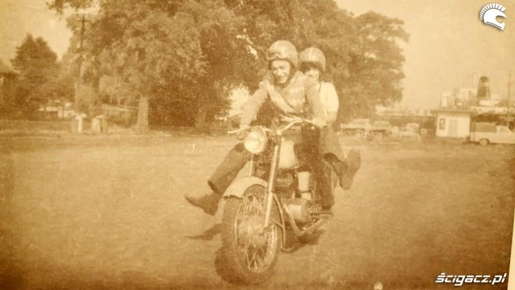 1976r