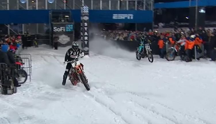 Harley Davidson Snow Hill Climb start