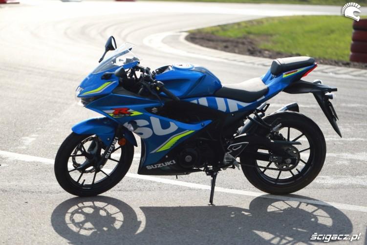 Suzuki gsxr125