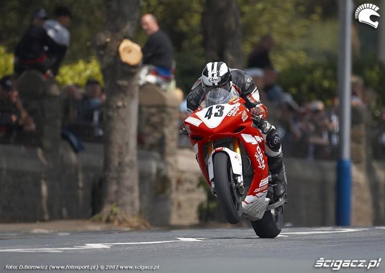 Michael Dunlop Superstock race TT