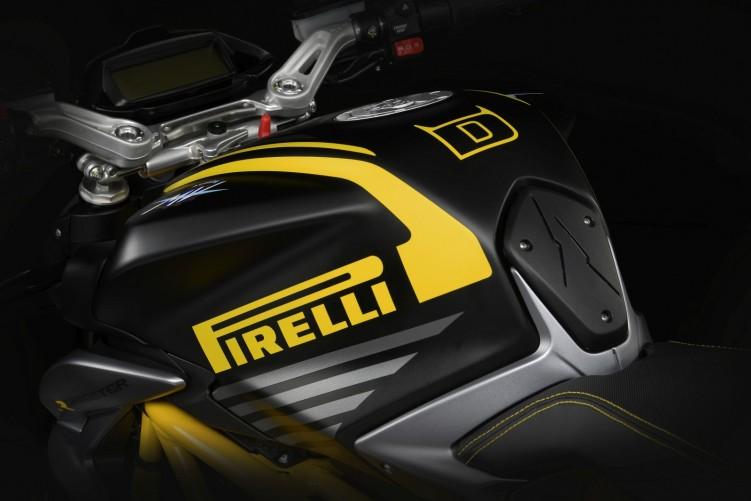 dragster 800 rr pirelli 9