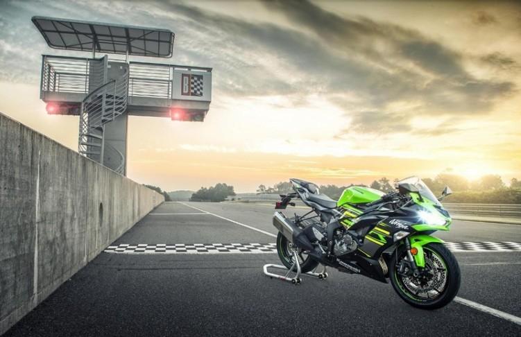 Kawasaki zx 6R 2019 10