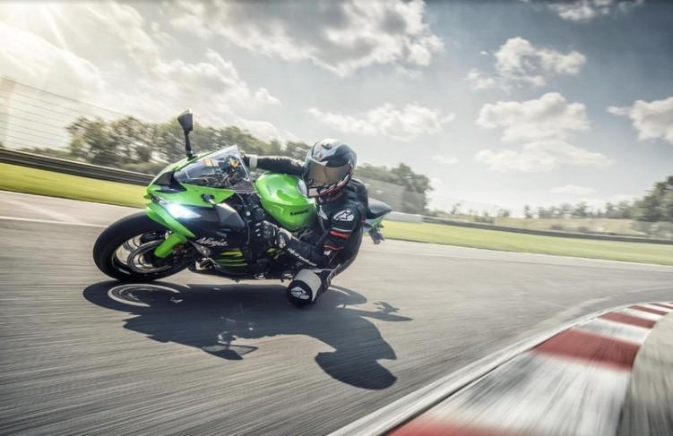 Kawasaki zx 6R 2019 7