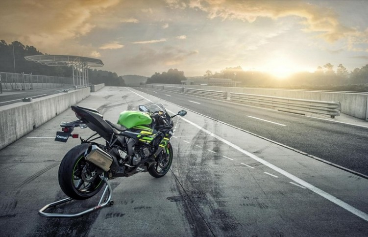 Kawasaki zx 6R 2019 9
