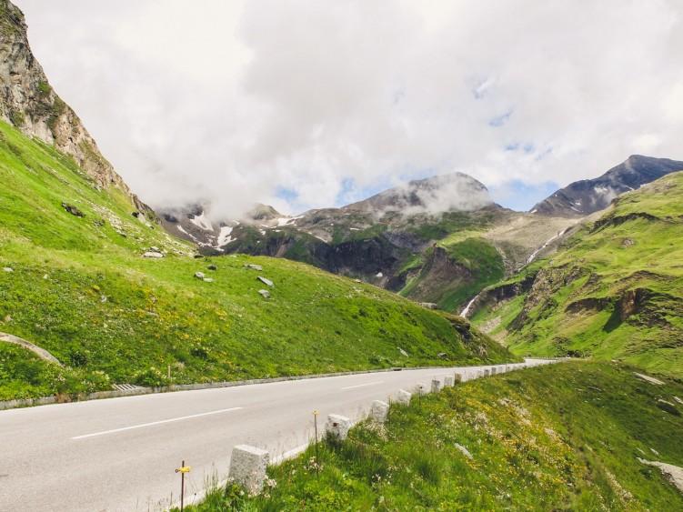 Alpejska Przygoda z Triumphem 12