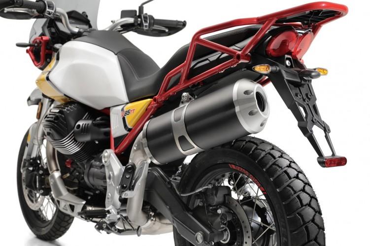 20 Moto Guzzi V85 TT