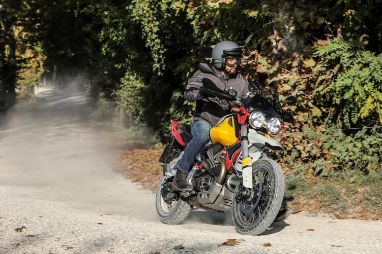47 Moto Guzzi V85 TT