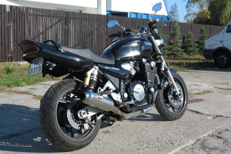 Yamaha XJR 1300 1