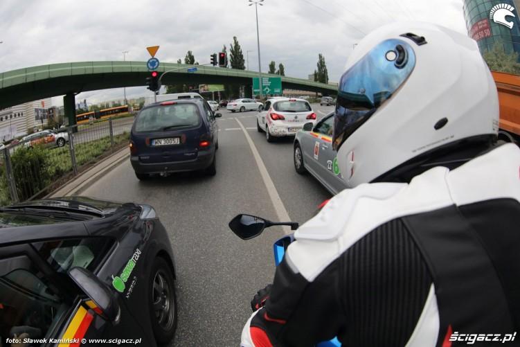 4 motocykl w miescie