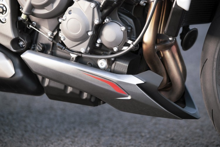 New Street Triple RS Detail 14