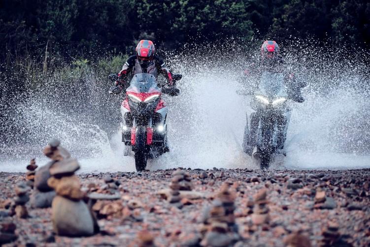 Ducati Multistrada V4 2021 14