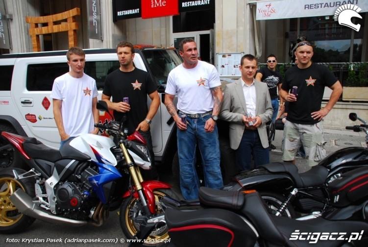 Riders East tour - ekipa