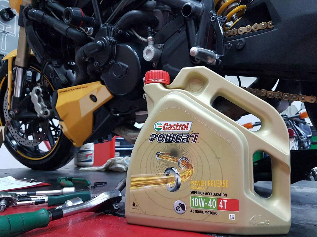 6ac3170e0db482 Motocyklowy olej silnikowy: co oznaczają symbole na etykiecie