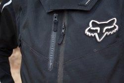 Kieszenie Fox 360 Brace Jacket