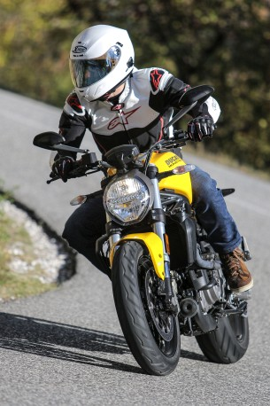 ducati monster 821 kask x lite