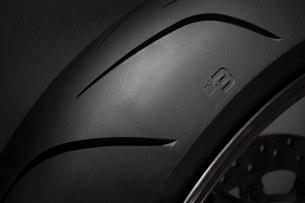 Dunlop Sportsmart3 Front detail 1