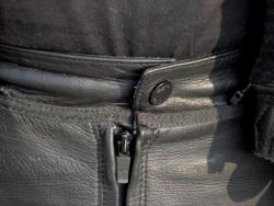 kiepskie zapiecie spodni