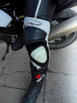 slidery ochraniacz na kolanie
