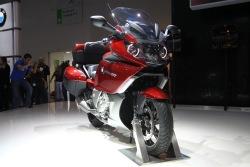czerwony BMW K1600GT 2011