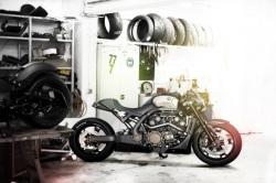 w garazu RSD