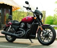 Harley Davidson Street 750 red z