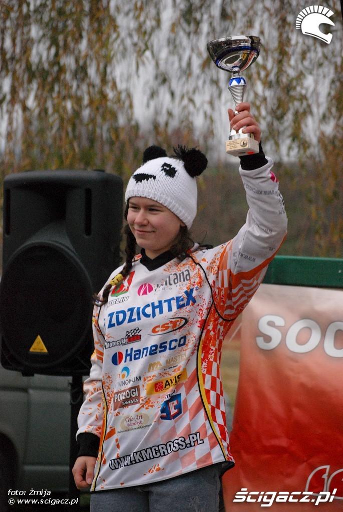 podium Aleksandra Szymus miejsce 2 MX kobiet