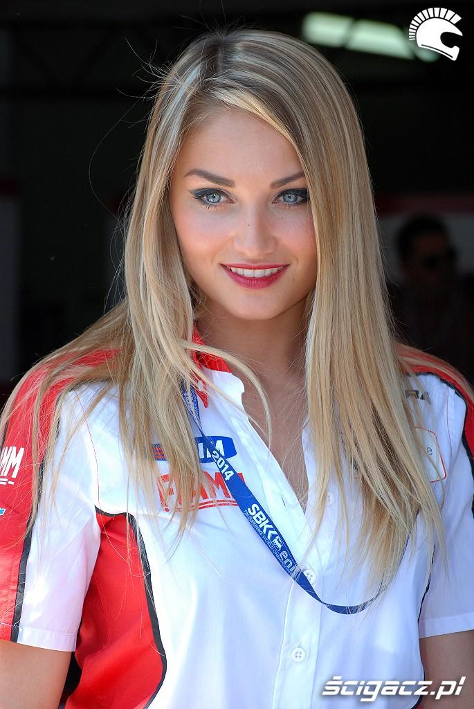 Ladna blondynka