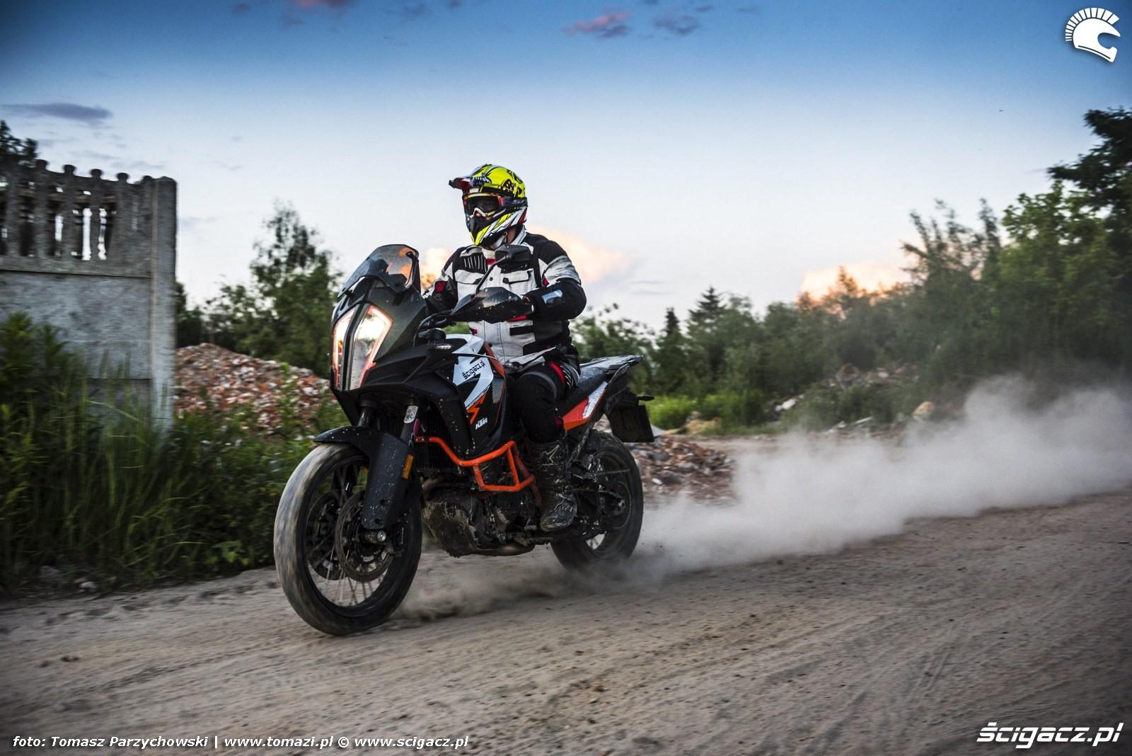 KTM Super Adventure R offroad 52